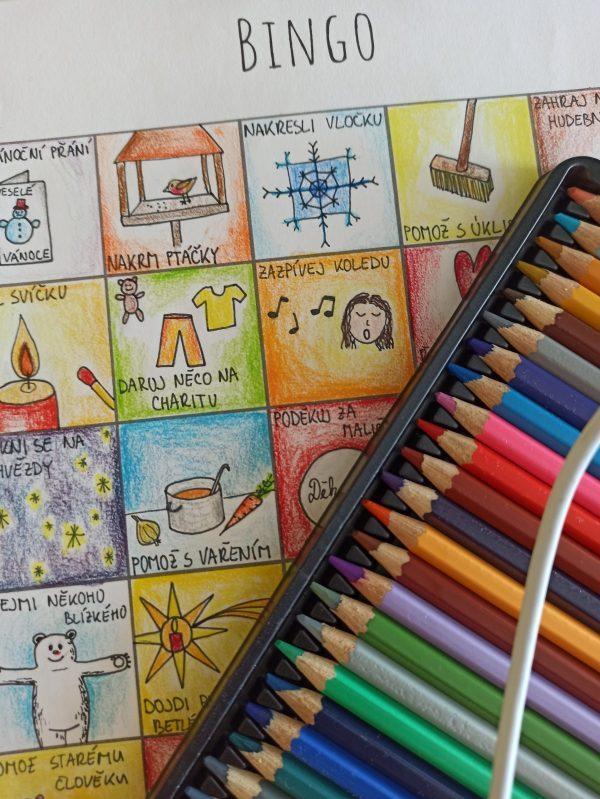 vánoční bingo - ukázka, jak se může vybarvit.