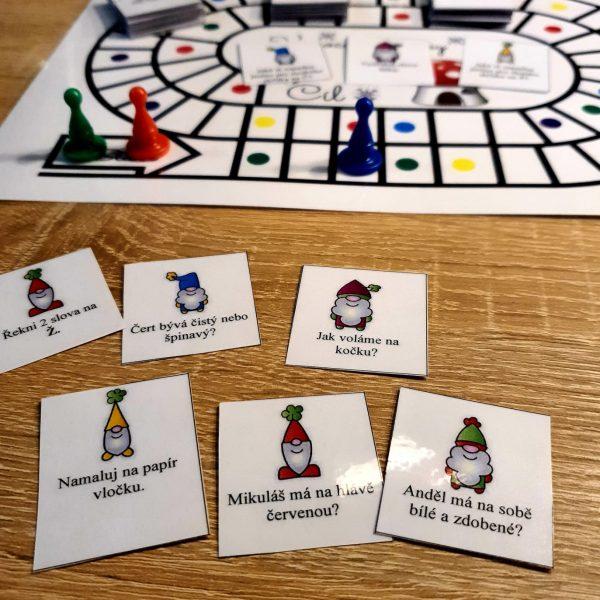 hra Vánoce se skřítky